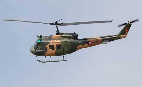 UH-1+helikopterler+i%C3%A7in+t%C3%BCm+se%C3%A7enekler+masada