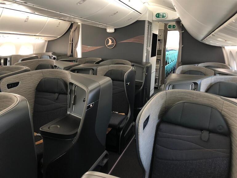 aa40ec886 THY, Boeing şirketinden 25'i kesin, 5'i opsiyonlu olmak üzere toplam 30  adet Boeing 787-9 tipi yolcu uçağını filosuna katacak. Dreamlinar'ların 3'ü  temmuz, ...