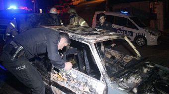 Kağıthane´de sabah saatlerinde bir otomobilde henüz belirlenemeyen bir nedenle yangın çıktı. Kısa sü