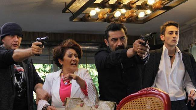 Hayati ve Diğerleri dizisi ilk bölümde yayından kaldırıldı