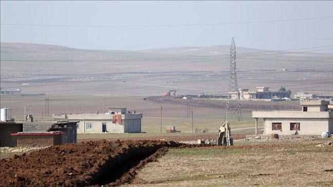 PKK,+Irak%E2%80%99%C4%B1n+kuzeyindeki+k%C3%B6yl%C3%BClerden+hara%C3%A7+topluyor