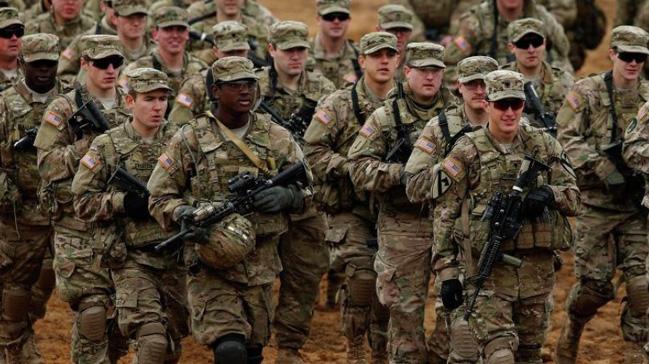 ABD ordusu göçmenlerin askere alınmalarını askıya aldı
