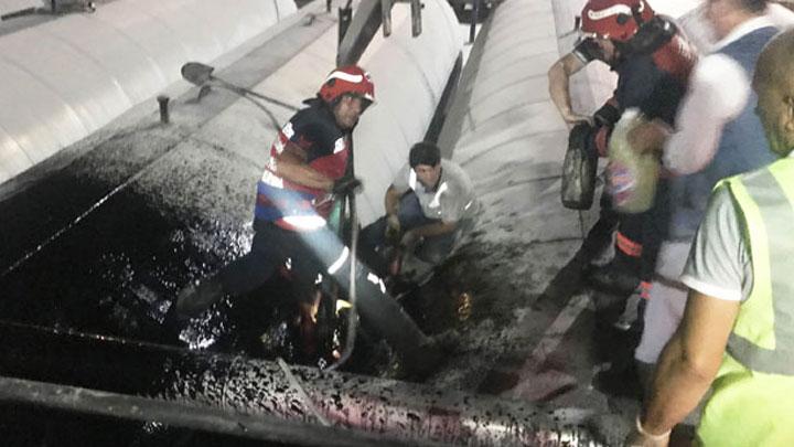 Sakarya'da asfaltta kaynar iki kazanın arasına işçi öldü