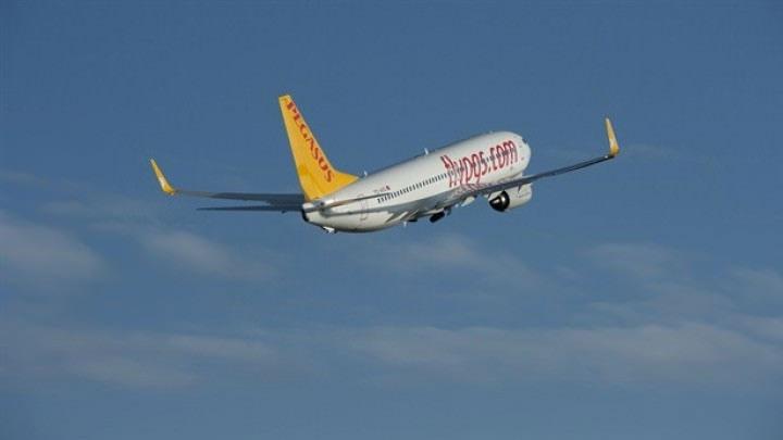 Pegasus Hava Yolları: Elektronik sigara alev aldığı için zorunlu iniş yapmıştır