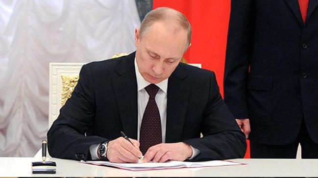 Putin, Hindistan'a ziyareti sırasında 5 milyar dolarlık S-400 anlaşmasına imza atacak
