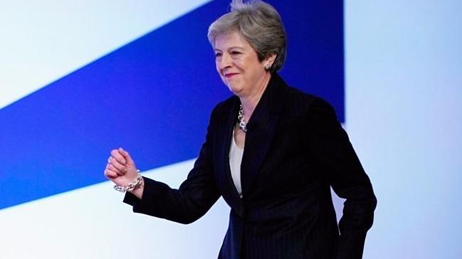 Theresa May: AB ile herhangi bir anlaşmaya varılmaksızın Brexit'ten korkmuyorum