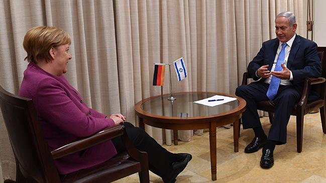 Almanya Başbakanı Merkel İsrail'de Netenyahu ile bir araya geldi