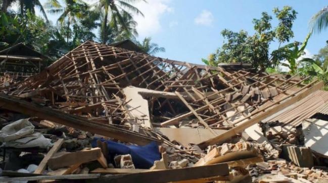 Depremin vurduğu Endonezya'da şimdi de yağmalama başladı: 92 kişi gözaltına alındı