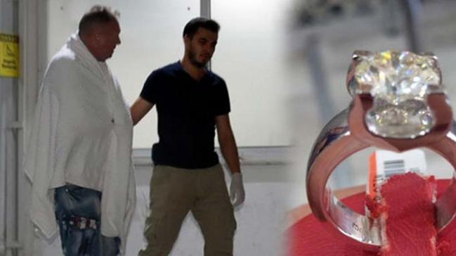 Kuyumcudan çaldığı yüzüğü yutan turist hastanede gözetim altında