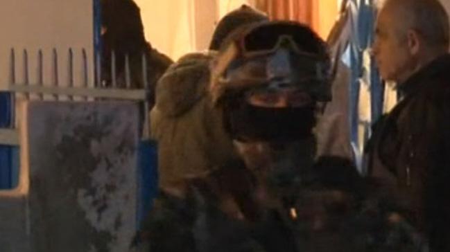 İdil Kültür Merkezi'ne DHKP-C operasyonu: 8 kişi gözaltında