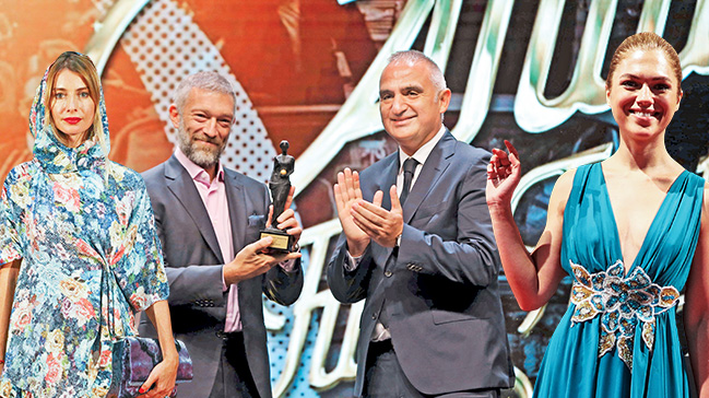 Antalya'da bol yıldızlı açılış