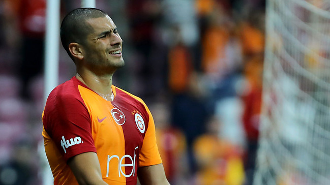 Galatasaray'da Eren Derdiyok ve Selçuk İnan, Antalyaspor maçının kadrosundan çıkarıldı