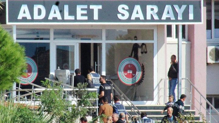 Ayvalık'ta polisten uyuşturucu operasyonunda 5 kişi yakalandı