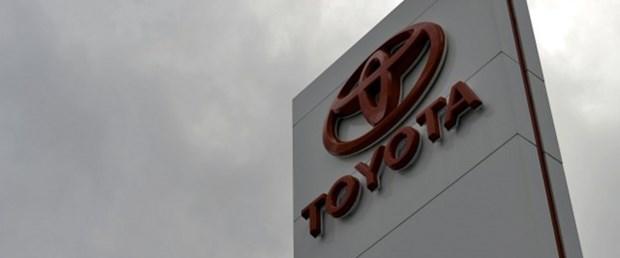 Toyota 2,4 milyon aracı geri çağırıyor