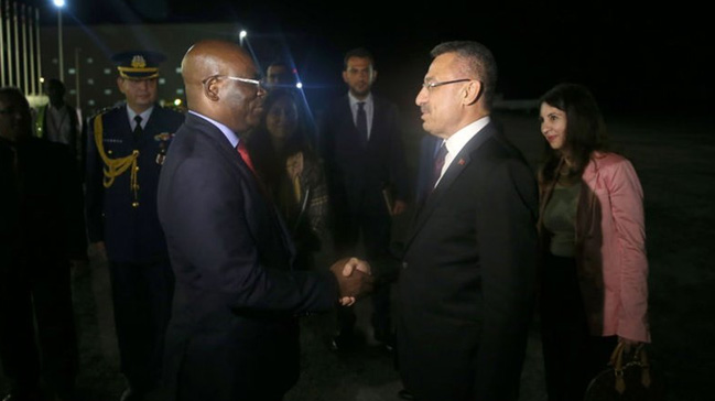 Cumhurbaşkanı Yardımcısı Fuat Oktay Ekvator Ginesi'nde