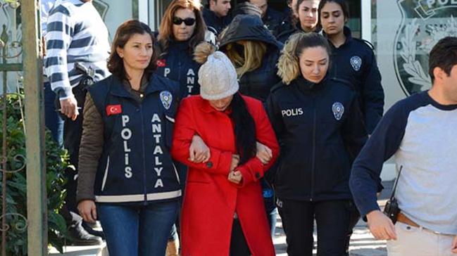 Antalya polisinden 'guten morgen' operasyonu