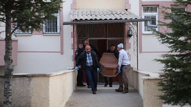 Nevşehir'de bir kişi tartıştığı eşini ağır yaralayıp inithar etti