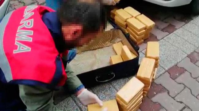 Jandarmadan uyuşturucu operasyonu: 30 kilo eroin ele geçirildi