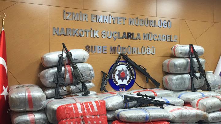 Türk polisi Avrupa'dan Türkiye'ye 'skunk' rotasını deşifre etti
