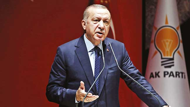 'Türkiye üst sıraya çıkınca kendilerini pencereden atarlar'
