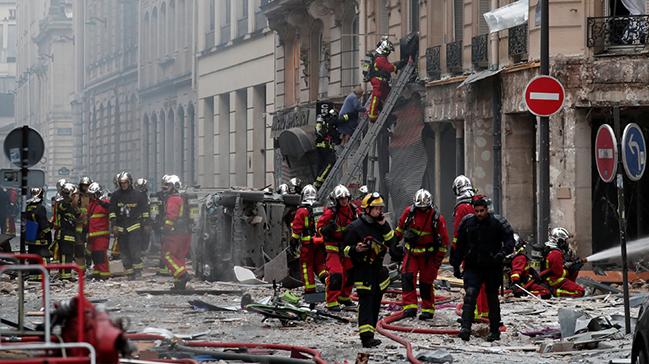 Paris'te patlama: Çok sayıda ölü var