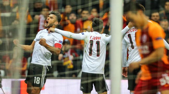 Galatasaray+sahas%C4%B1nda+Benfica%E2%80%99ya+2-1+ma%C4%9Flup+oldu