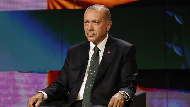 Cumhurbaşkanı Erdoğan: Macron'a daha siyasette yenisin, tarihini öğren dedim