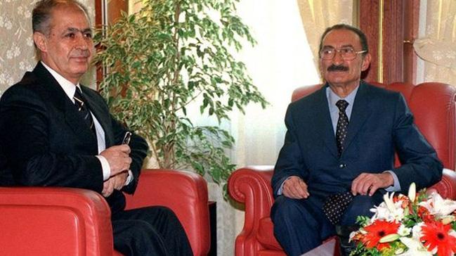 Sezer ve Ecevit arasındaki Anayasa kitapçığı krizinin üzerinden 18 yıl geçti