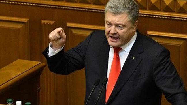 Ukrayna Cumhurbaşkanı Poroşenko: Rusya'nın Kırım'a nükleer silahlar konuşlandırma ihtimali göz ardı edilemez
