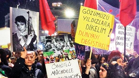 Taksim'de çirkin provokasyon!