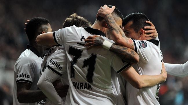 Beşiktaş sahasında Atiker Konyaspor'u 90+3'te attığı golle 3-2 mağlup etti
