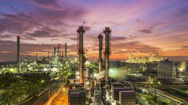 Endonezya ve Umman 10 milyar dolarlık petrol rafinerisi inşa edecek