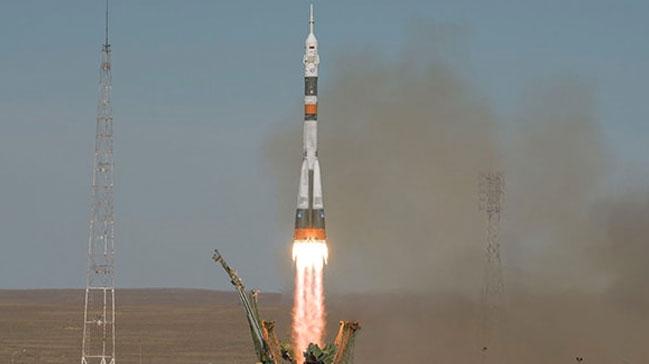 Kazakistan'daki Baykonur Uzay Üssü'nden Soyuz MS 12 uzaya fırlatıldı