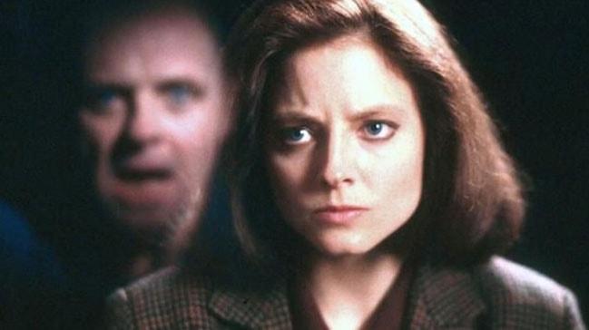 Kuzuların Sessizliği'ndeki  başrol oyuncusu Foster, Hopkins'in korkutucu sesine karşı oynarken korktuğunu söyledi