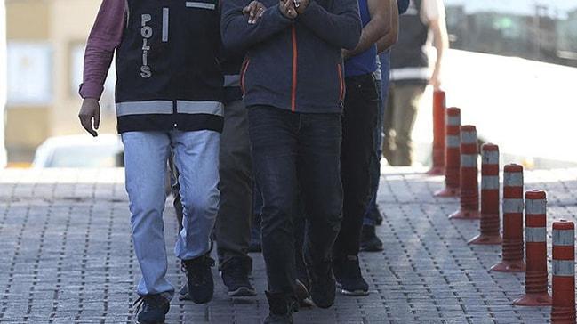 Adana'da düzenlenen sokak çetesi operasyonunda 11 zanlı yakalandı