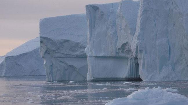 ABD, Çin ve Rusya'ya karşı Kuzey Kutbu'ndaki buzullara yönelik yeni savunma stratejisi hazırlıyor