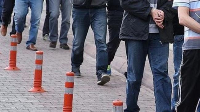 Antalya merkezli 8 ilde FETÖ operasyonu: 9 gözaltına alındı