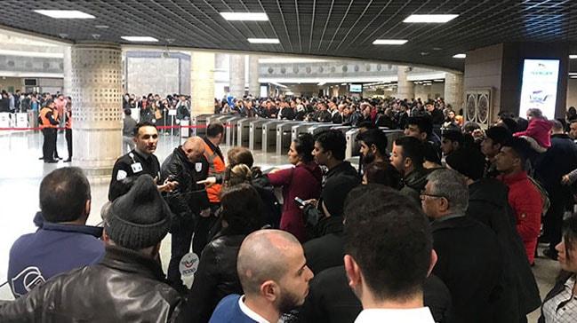 Marmaray seferlerinde kısa süreli aksama yaşandı