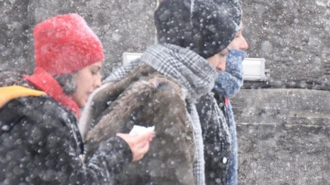 Kars Ardahan ve Hakkari çevrelerinde karla karışık yağmur ve kar