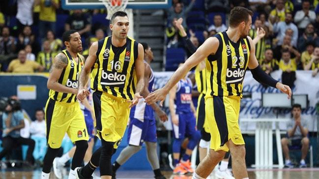 Fenerbahçe evindeki seriyi 16 maça çıkardı
