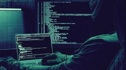 Facebook, kullanıcı şifrelerinin düz metin olarak saklandığını duyurdu