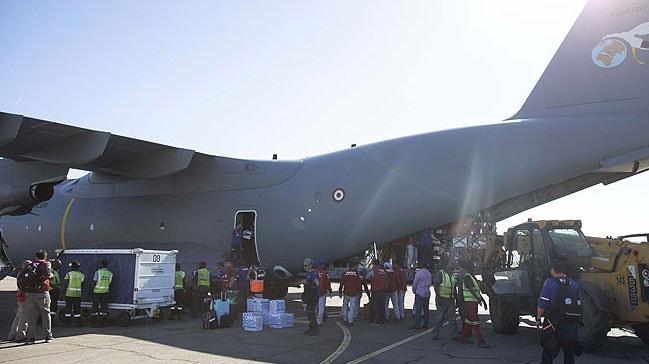 Türkiye'nin yardımlarını taşıyan uçak Mozambik'e ulaştı