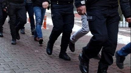 Adana'da düzenlenen PKK operasyonunda gözaltına alınan 7 kişiden 3'ü tutuklandı