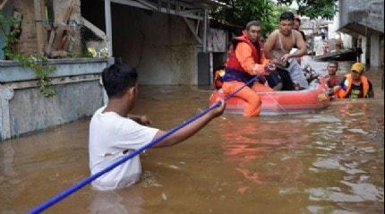 Endonezya'da 16 Mart'ta meydana gelen selde ölü sayısı 112'ye çıktı