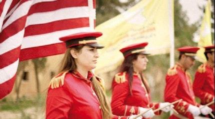 Terör örgütü YPG/SDG, ABD bayraklarıyla DEAŞ'ın bitişini kutladı