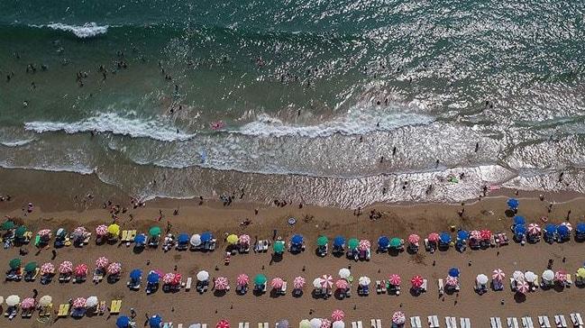 Kültür ve Turizm Bakanı Ersoy: Antalya'da turist hedefi 20-25 milyonlara doğru hızla büyüyecek