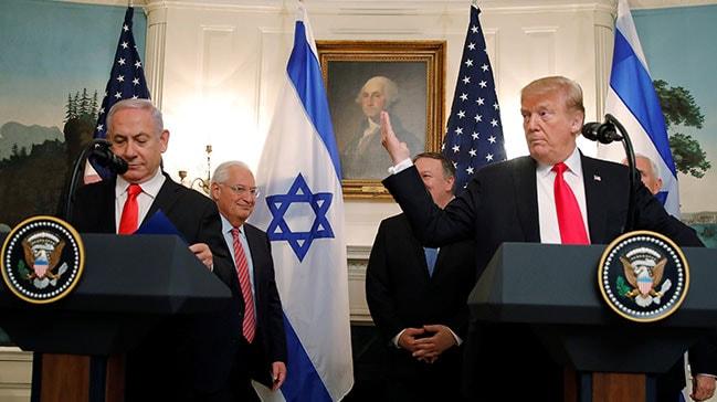 ABD Başkanı Trump, Golan Tepeleri işgalini tanıyan imzayı attı