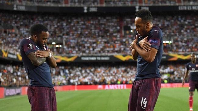 Arsenal UEFA Avrupa Liginde finalde